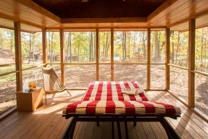 f r den kleinen hauseigent mer blockh tte minihaus. Black Bedroom Furniture Sets. Home Design Ideas